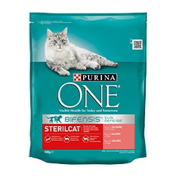 Purina One Gatos Esterilizados Salmón